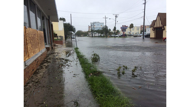 daytona-beach-street-flooding_230835