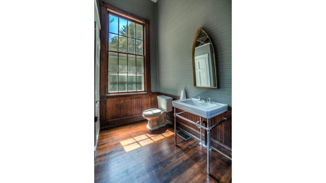 Photos_ A converted one-room schoolhouse Credit_ Photos by Steve Belner via Zillow_245838