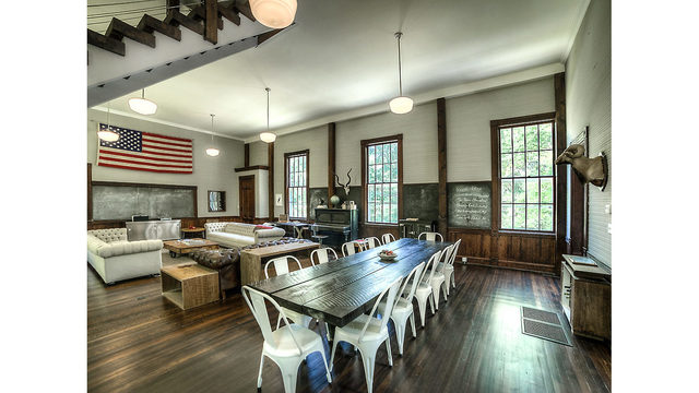 Photos_ A converted one-room schoolhouse Credit_ Photos by Steve Belner via Zillow_245830