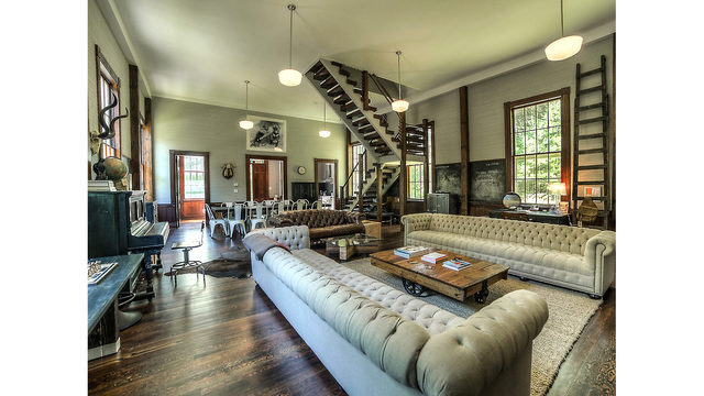 Photos_ A converted one-room schoolhouse Credit_ Photos by Steve Belner via Zillow_245833