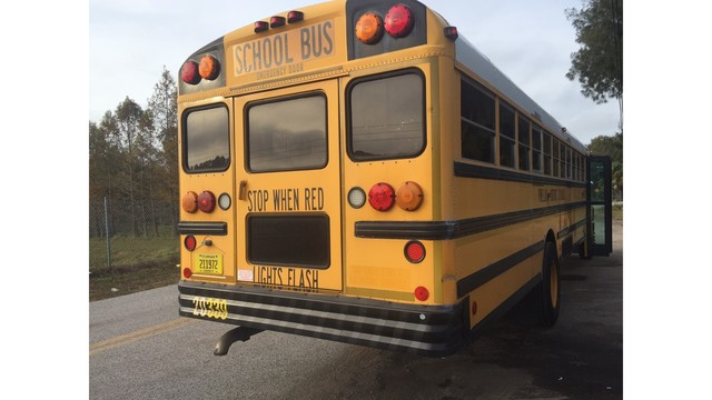 Pinellas County schools holding job fairs to find 100 bus drivers