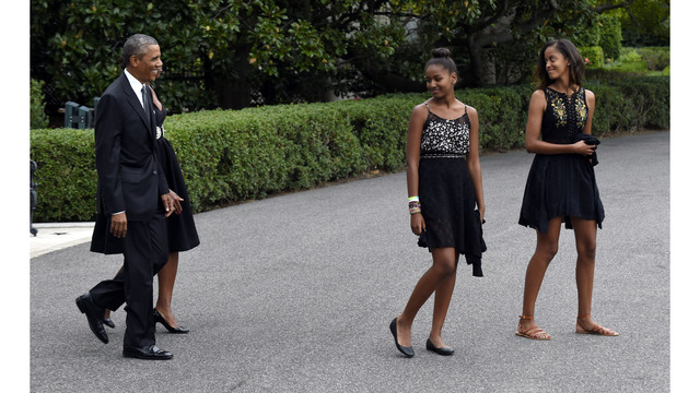 Bush daughters welcome Obama's as 'former First Children'