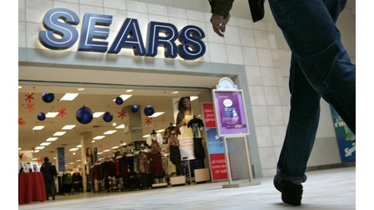 6b8b4b4a26a 2 Tampa Bay area stores among 100+ Sears