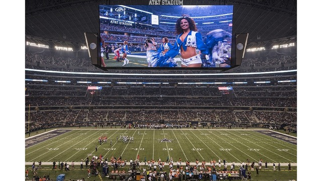 NFL Giants vs. Cowboys football game airing on Great 38