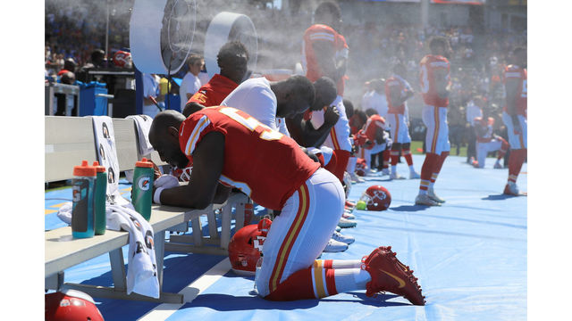 Kansas City Chiefs v Los Angeles Chargers_459083