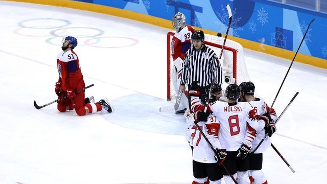 Canada takes bronze medal after beating Czech Republic 6-4