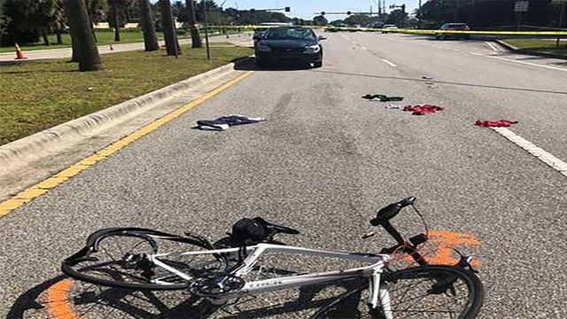 1 of 4 bicyclists critically injured in Venice accident dies