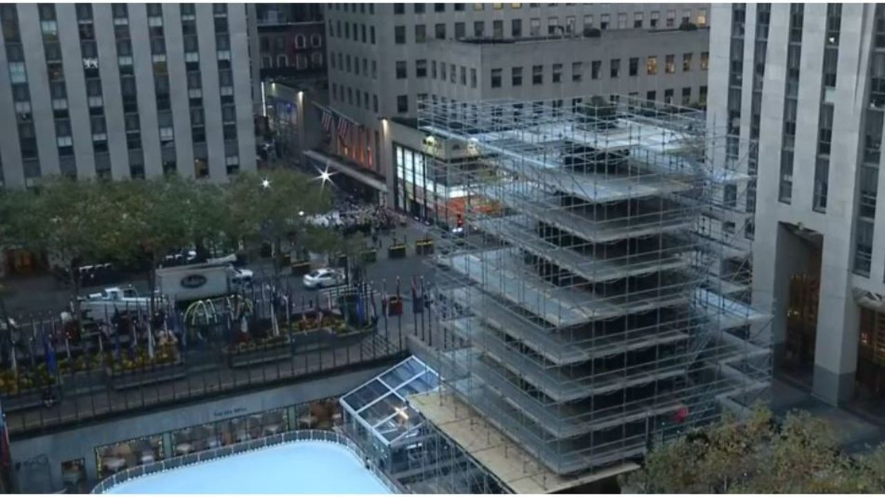 New York City S Rockefeller Center Christmas Tree Ready To Be Decorated