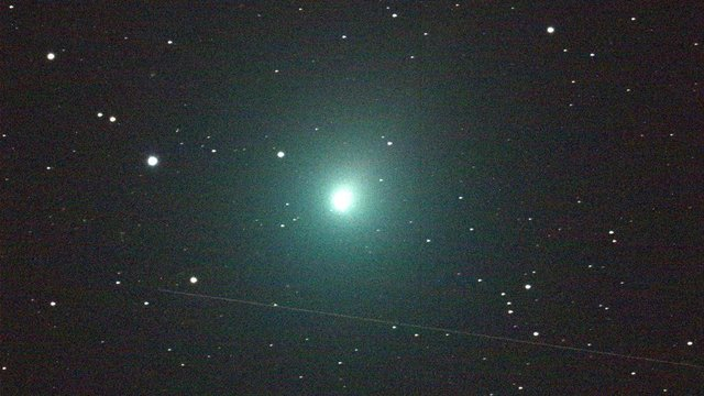 'Christmas comet' will be visible from Earth on Sunday - WFLA