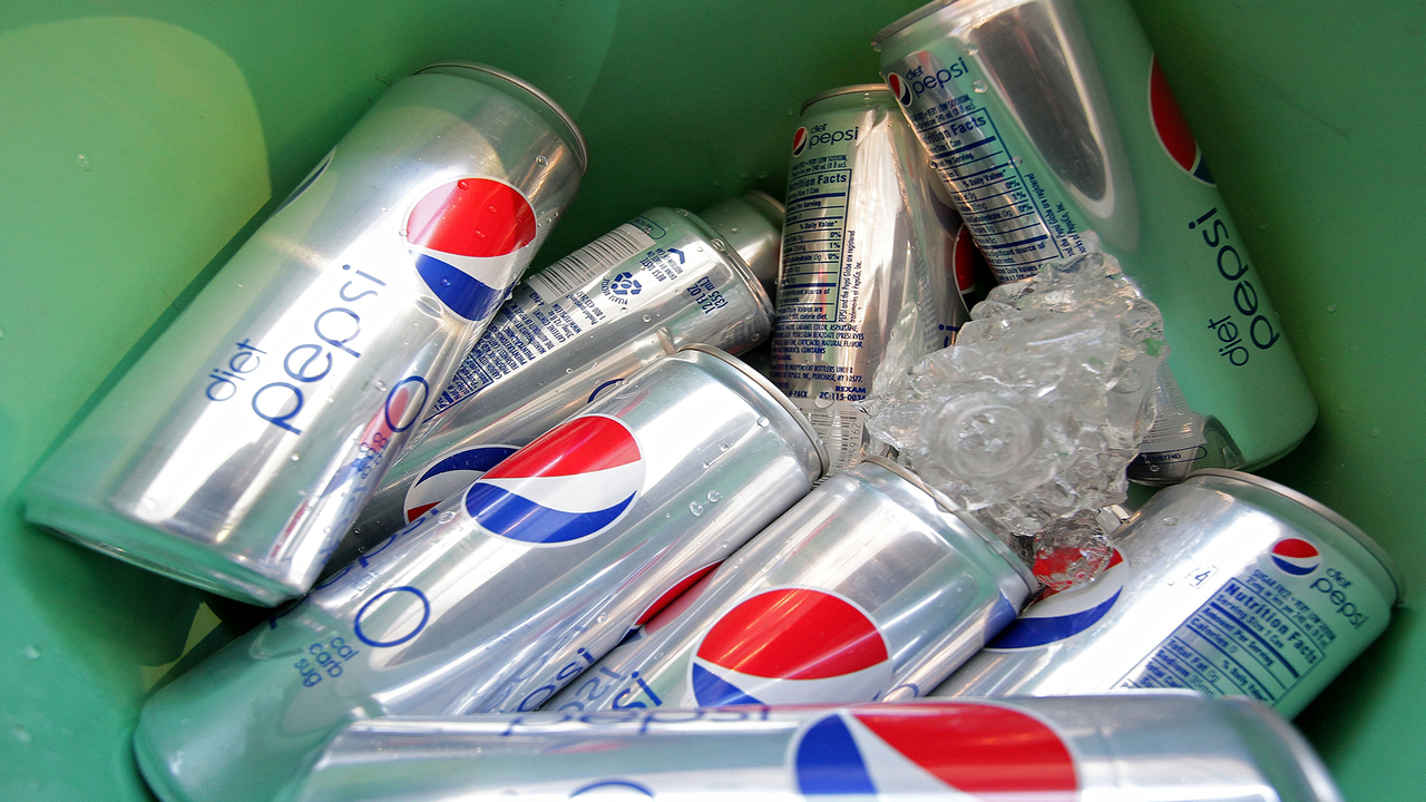 Study: Drinking two or more diet drinks a day linked to stroke risk